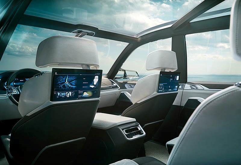 BMW X7 DUSE Magazine