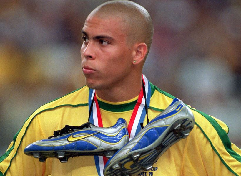 Fenomeno Ronaldo with the first Nike Mercurial at the 1998 World Cup.